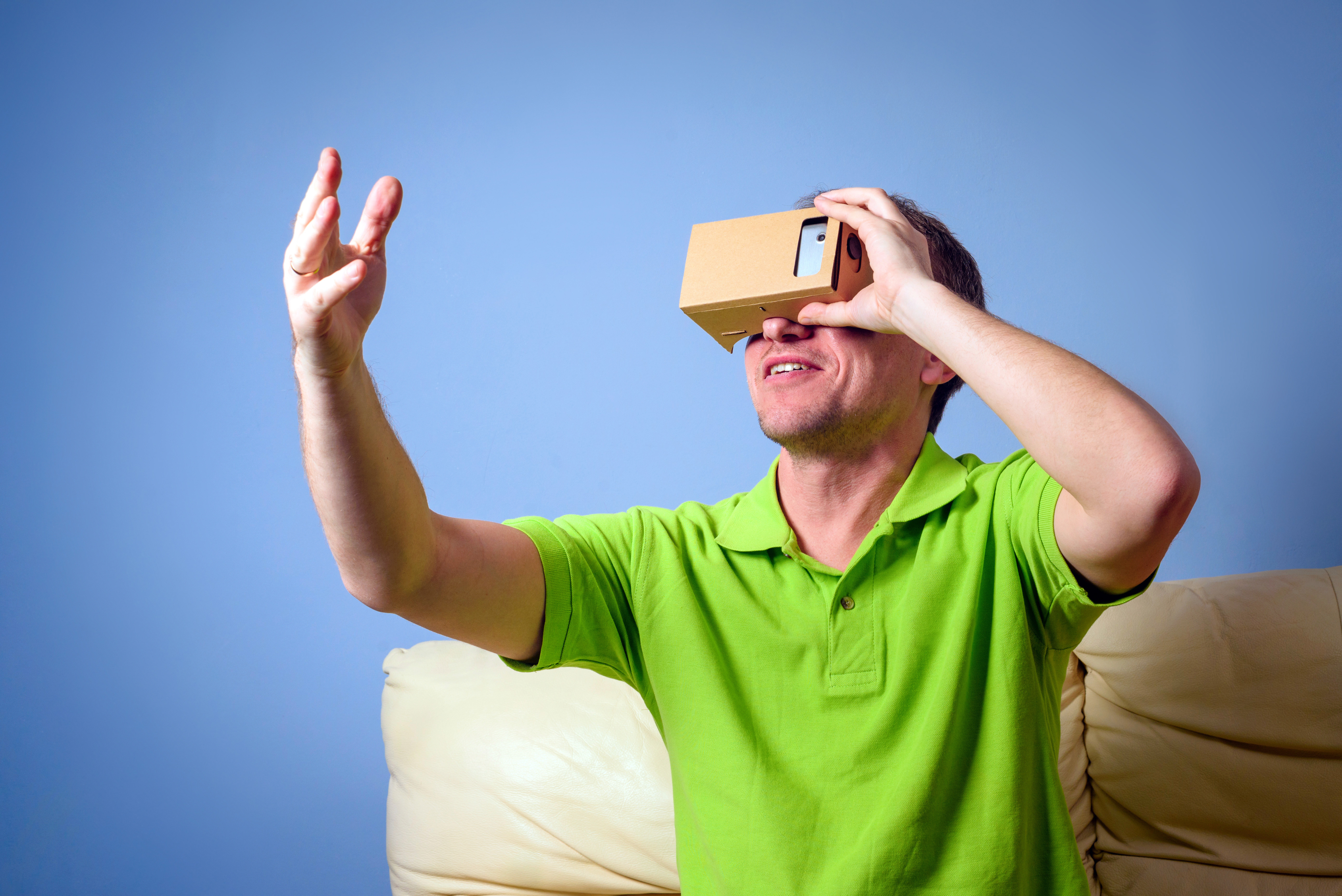 Concept of virtual reality glasses